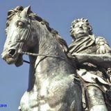 Reiterstandbild des Großen Kurfürsten Friedrich Wilhelm v. Brandenburg vorm Schloss Charlottenburg in Berlin