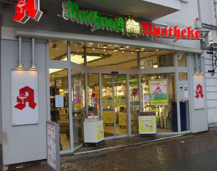 rathaus apotheke in berlin friedrichshagen im telefonbuch finden tel 030 6 45 5. Black Bedroom Furniture Sets. Home Design Ideas