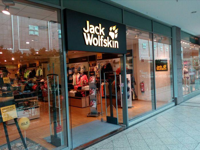 bilder und fotos zu jack wolfskin store in berlin bahnhofstr. Black Bedroom Furniture Sets. Home Design Ideas