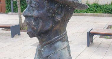 Carl Friedrich Wilhelm Herrmann-Denkmal in Beelitz in Beelitz in der Mark