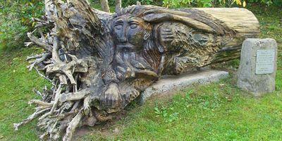 Holz-Skulptur »Breitenhainer Waldgeist« in Neustadt an der Orla Breitenhain