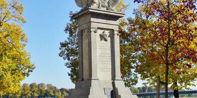 Denkmal der Begegnung in Torgau