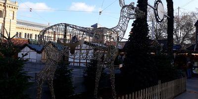 Weihnachtsmarkt am Hauptbahnhof in Hannover