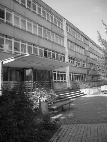 Johann Gottfried Herder Oberschule Gymnasium 2 Bewertungen