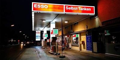 Adkins Timothy Tankstelle in Teublitz