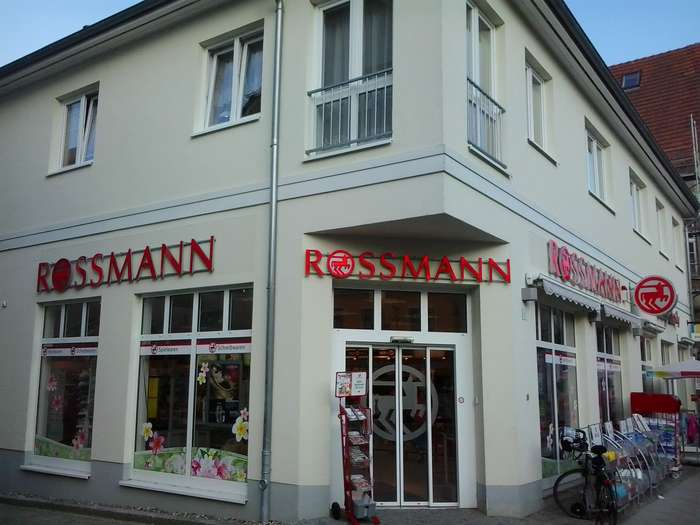 rossmann 1 foto neustrelitz strelitzer stra e golocal. Black Bedroom Furniture Sets. Home Design Ideas