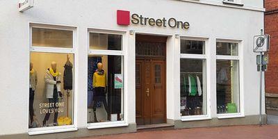 Street One Oelde v. Carolsfeld GbR in Oelde