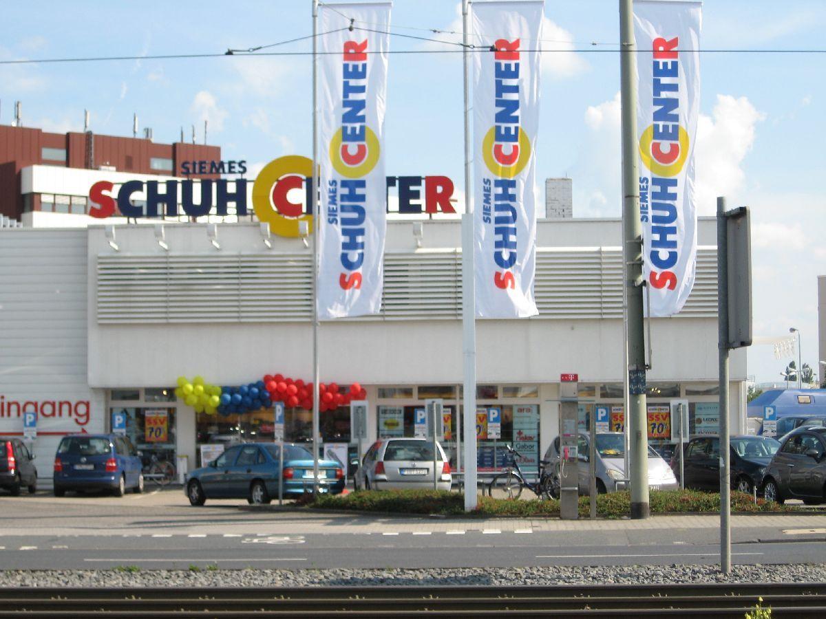 SIEMES Schuhcenter 1 Foto Frankfurt am Main Ostend